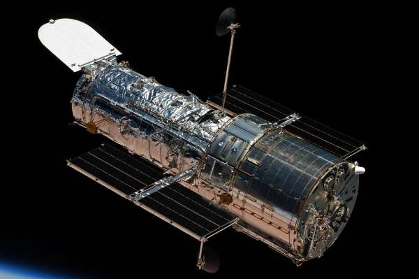 "Hubble in ""Safe Mode"""